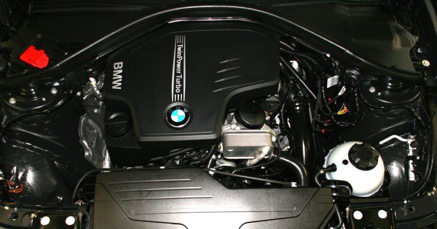 Twin Power Turbo Motor von einem BMW 328i