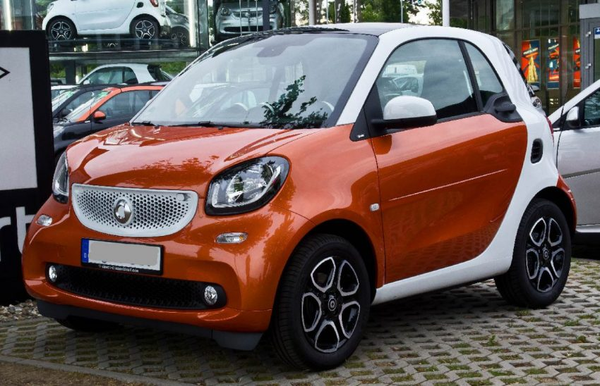 Orange Weißer Smart ForTwo 453