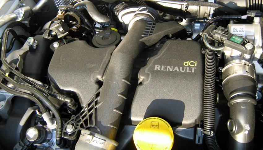 Motorraum von einem Dacia Sandero
