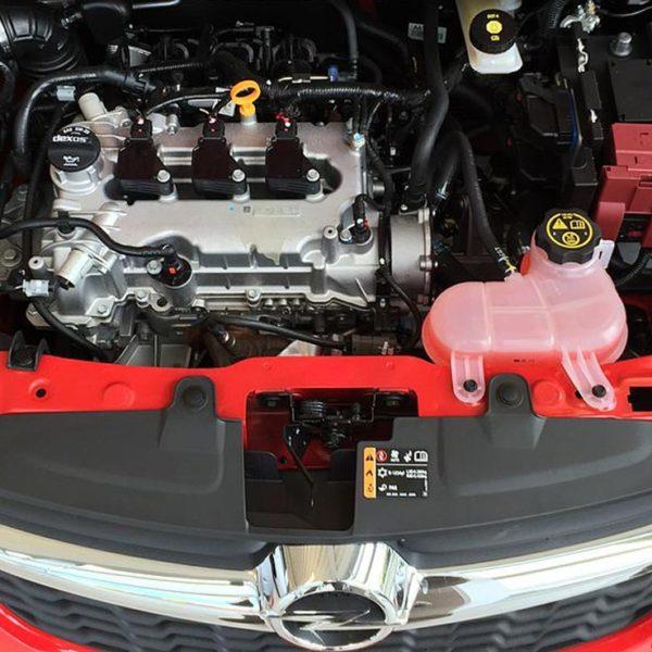 Motorraum Opel Karl