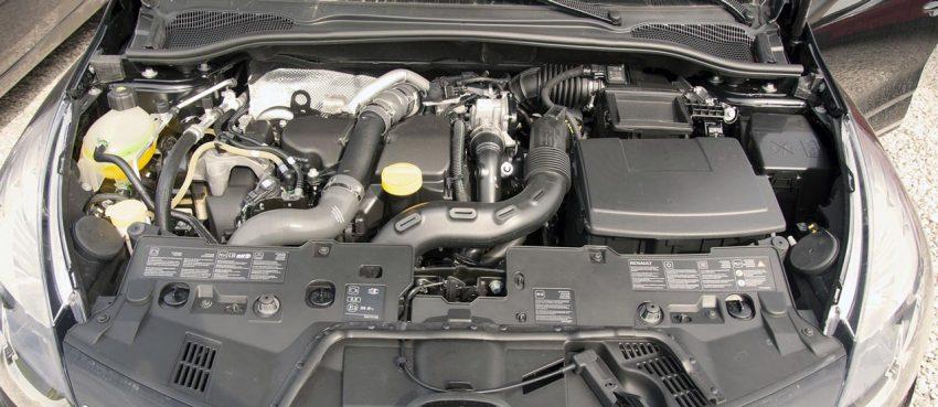 Renault Clio Motorraum