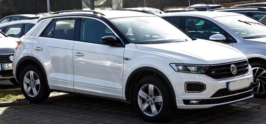 Seitenansicht Weißer VW T Roc