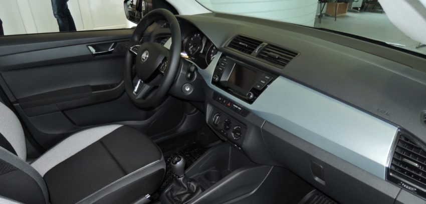 Beifahrerseite Skoda Fabia 3 Interior