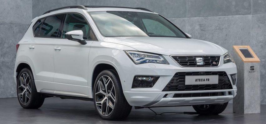 Weißer Seat Ateca FR SUV Frontansicht
