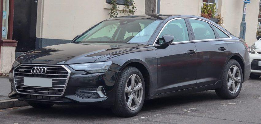 Frontansicht Schwarzer Audi A6 C8 TDI Quattro