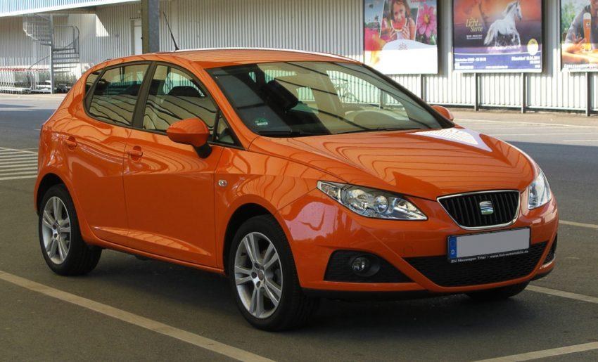 Orangener Seat Ibiza MK4 Frontansicht