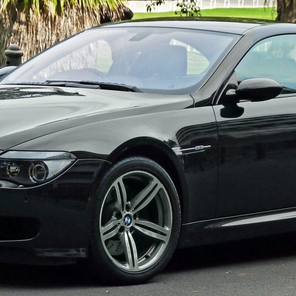 Seitenansicht Schwarzer BMW M6