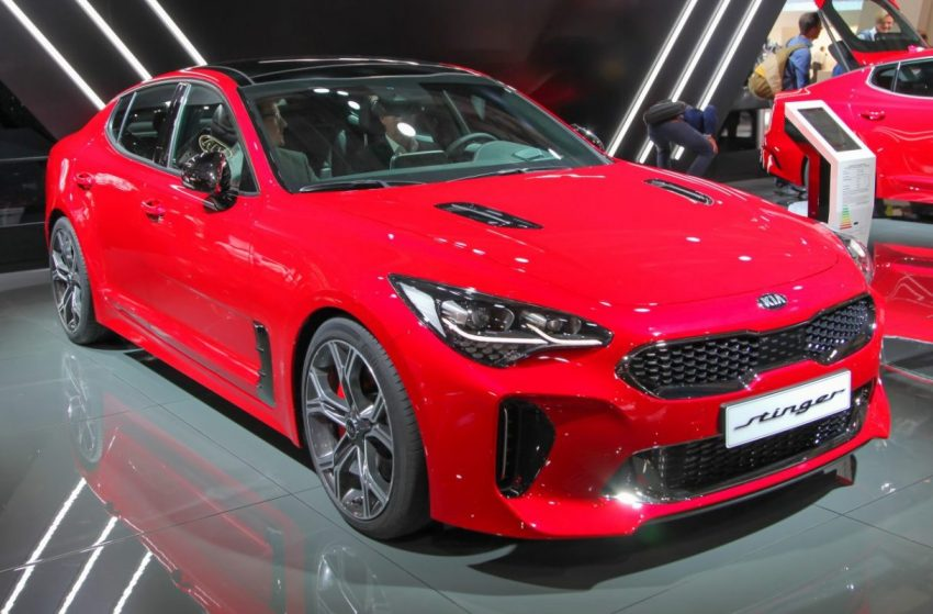 Frontansicht Roter KIA Stinger
