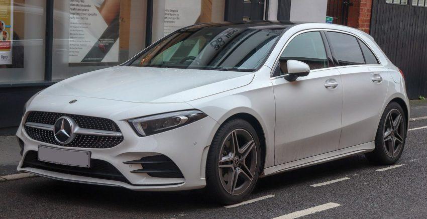 Seitenansicht Weißer Mercedes Benz A Klasse
