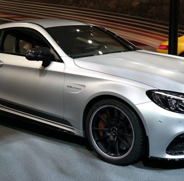 Seitenansicht Mercedes C Klasse AMG V8