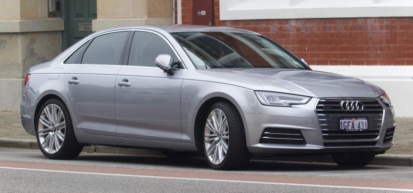 Silberner Audi A4 Seitenansicht