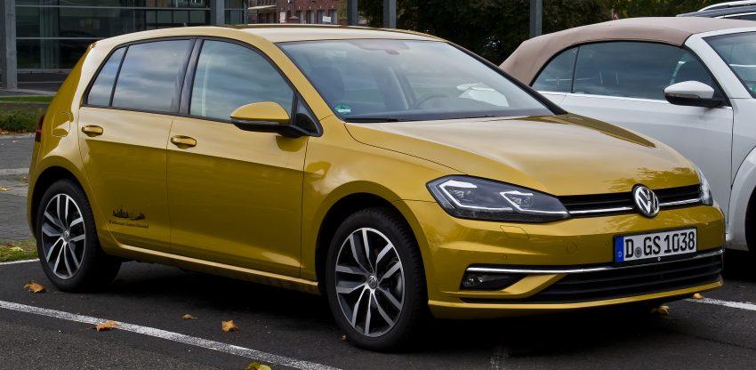 Seitenansicht VW Golf 7 Bronze