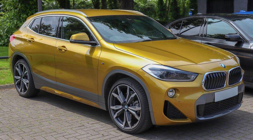 Frontansicht BMW X2 Bronze