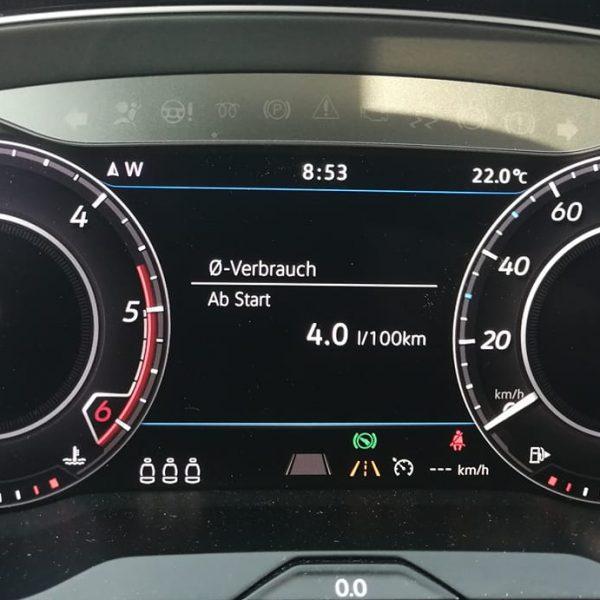 Cockpit Verbrauchsanzeige VW Arteon