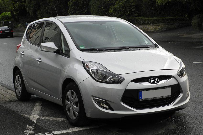 Silberner Hyundai ix20 Frontansicht