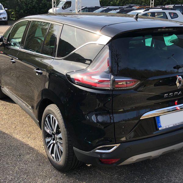 Schwarzer Renault Espace Heckansicht