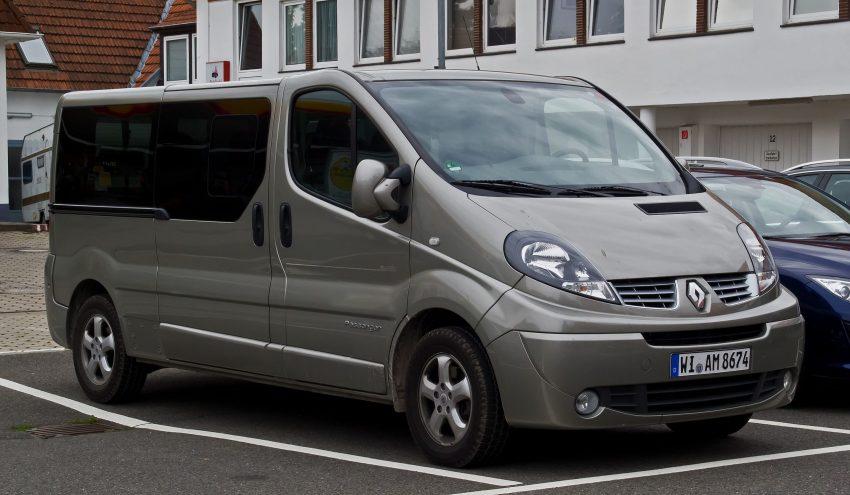 Renault Trafic in der Seitenansicht