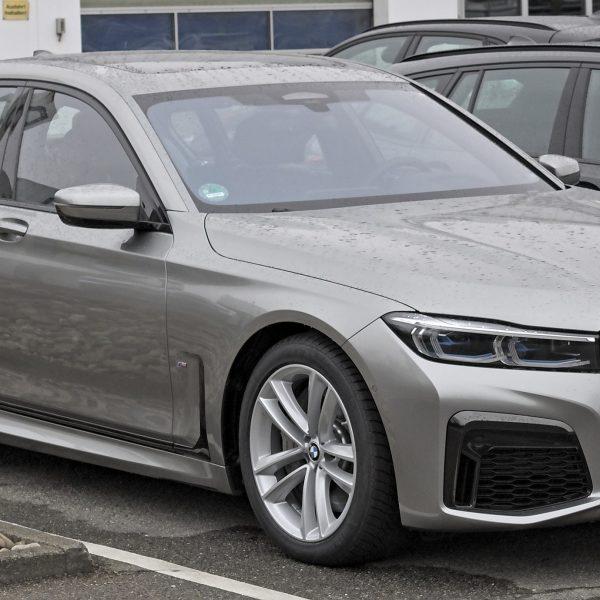 7er BMW Modell G12 Front-Seitenansicht