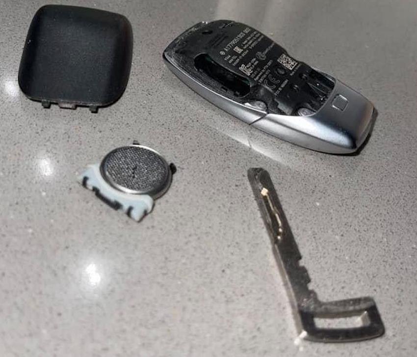 Mercedes CLA 118 Schlüssel und Schlüsselbatterie