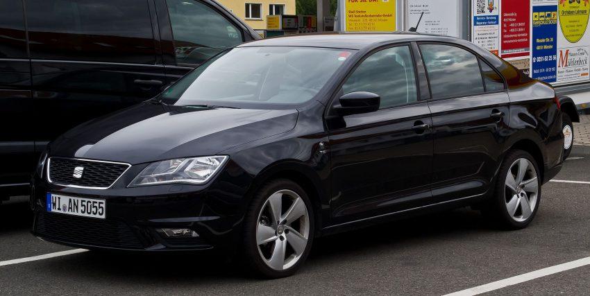 Schwarze Seat Toledo Limousine mit 1.4 TSI Motor