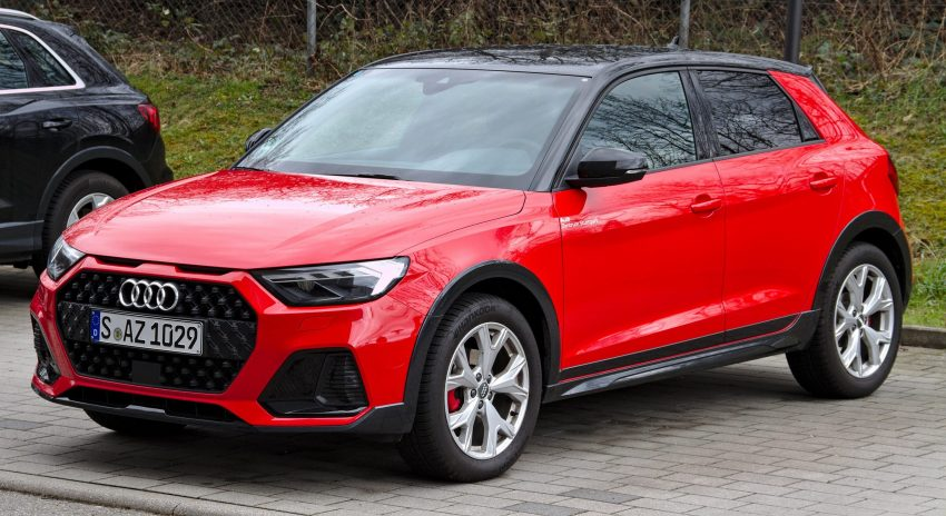 Roter Audi A1 Citycarver