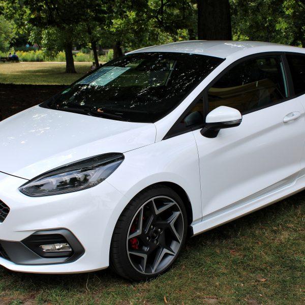 Ford Fiesta ST Baureihe 8 weiss