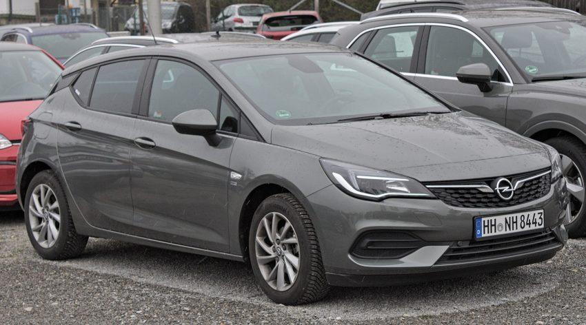 Facelift des Opel Astra K in der Seitenansicht