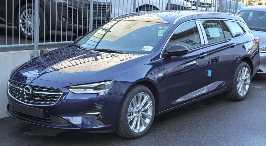 Opel Insignia Sports Tourer Seitenansicht