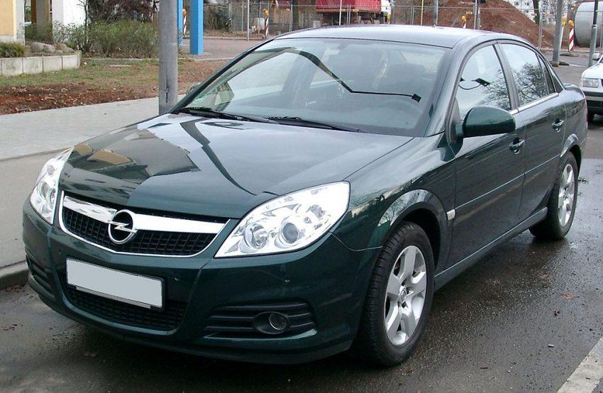 Opel Vectra Frontansicht Stufenheck