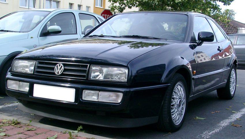 VW Corrado (schwarz) in der Frontansicht