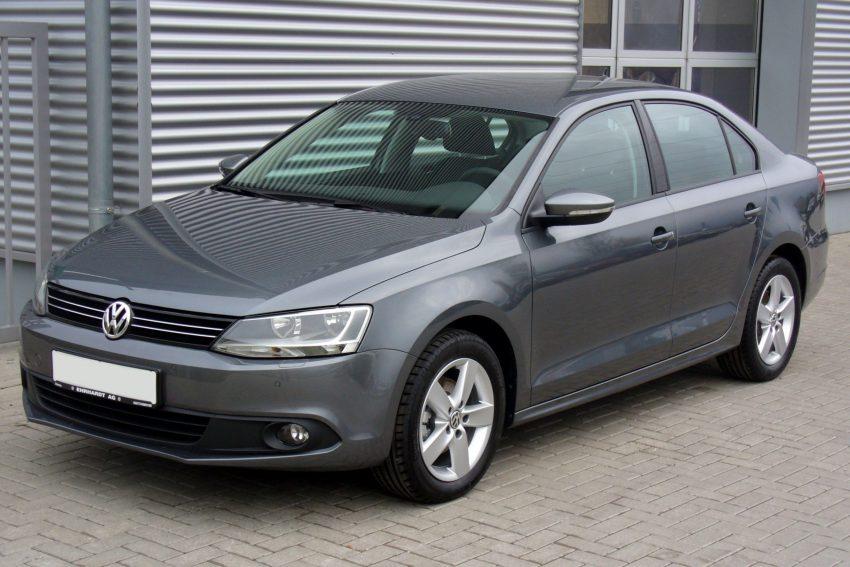 VW Jetta grau Seitenansicht