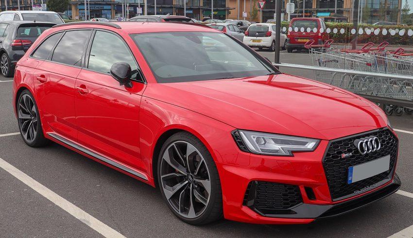 2018 Audi RS4 TFSi Quattro Automatic 2.9 Front.jpg
