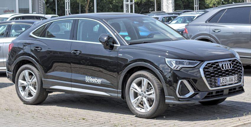 Audi Q3 schwarz (Sportback) Seitenansicht