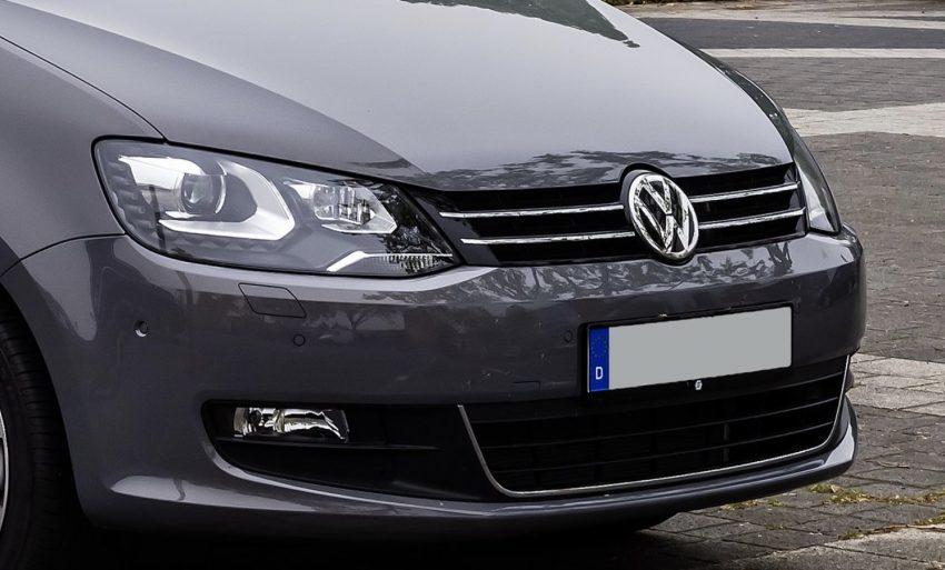 VW Sharan II Abblendlicht vorne