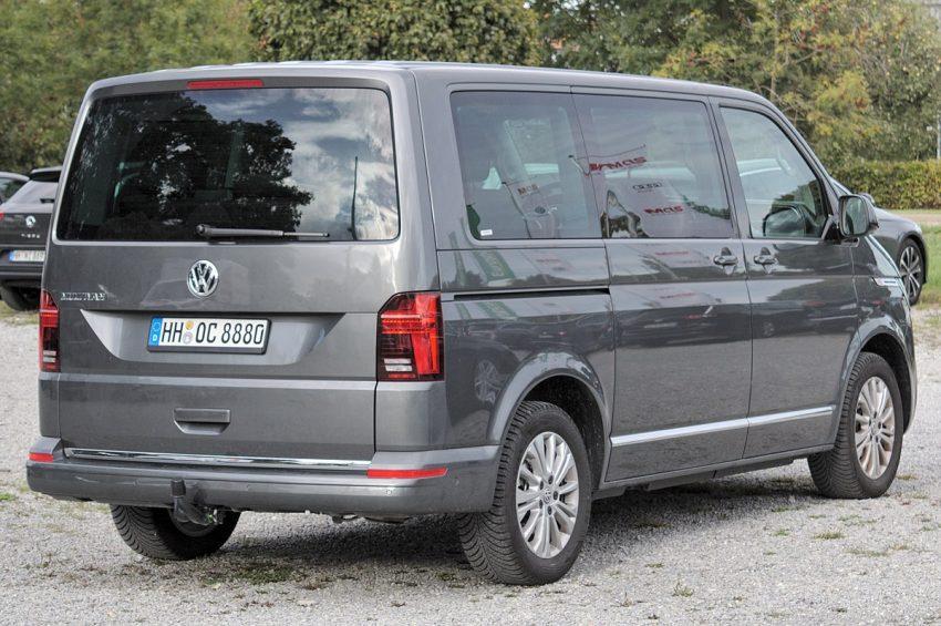 Volkswagen T6.1 Multivan IMG 3475.jpg
