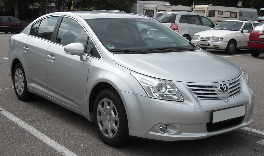 Toyota Avensis III Frontansicht