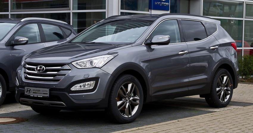 Hyundai Santa Fe 2.2 CRDi 4WD Premium (III) – Frontansicht, 31. Dezember 2012, Düsseldorf.jpg