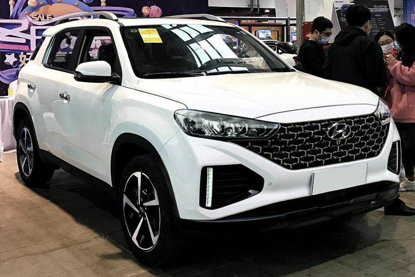Hyundai ix35 II facelift 001 (cropped).jpg