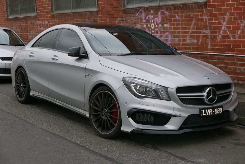 2014 Mercedes-Benz CLA 45 AMG (C 117) 4MATIC sedan (2015-07-15) 01.jpg