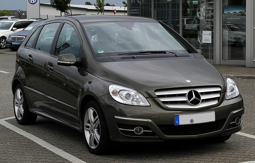 B Klasse T245 Frontansicht Mercedes