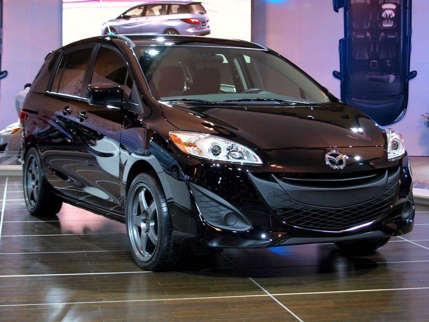 2011 Mazda 5 (5483482386).jpg