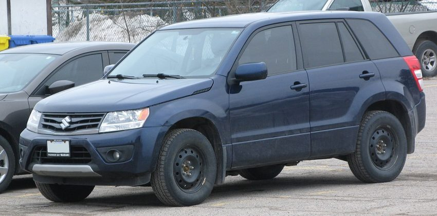 2013 Suzuki Grand Vitara, Front Left, 03-16-2021.jpg
