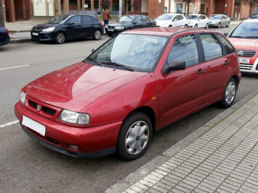 Roter Seat Ibiza II