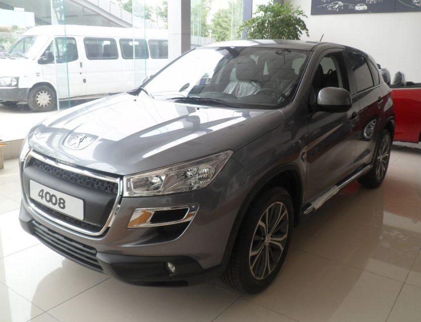Peugeot 4008 01 China 2012-06-16.jpg